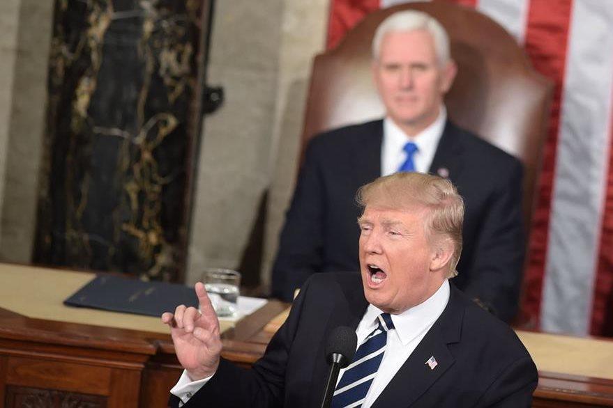Trump prometió que la construcción del muro comenzará pronto. (Foto Prensa Libre: EFE)