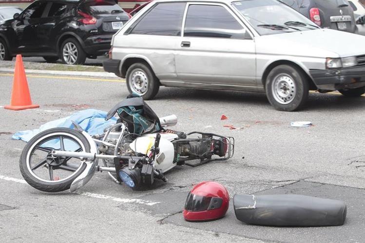 La percepción de los directivos de Tránsito es que estos accidentes se incrementan con los años.(Foto Prensa Libre: Hemeroteca PL)
