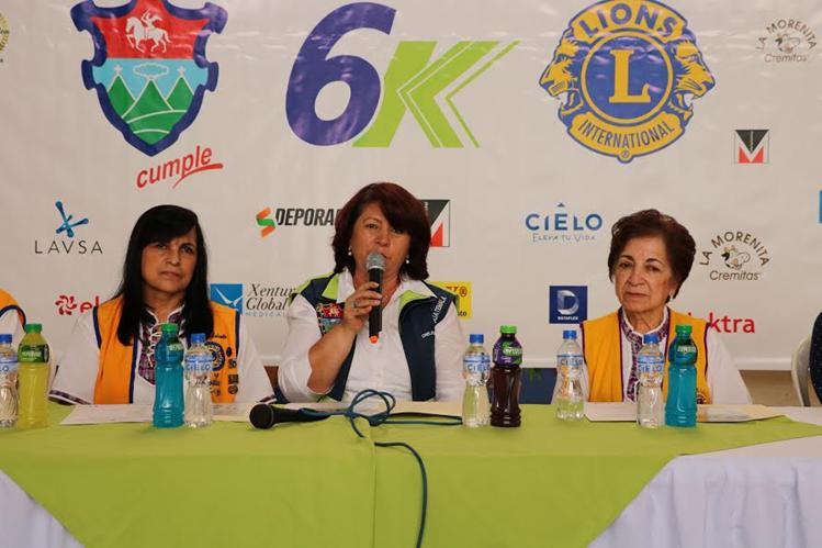 Organizadores informan detalles de la carrera. (Foto Prensa Libre: Cortesía)