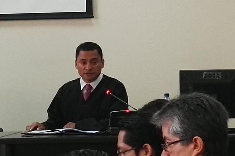 Juez Carlos Ruano denuncia presiones de la magistrada Blanca Stalling en juicio donde su hijo Otto Molina está involucrado. (Foto Prensa Libre: Jerson Ramos)