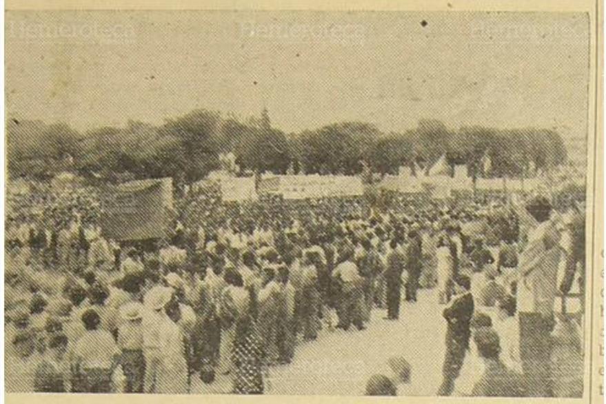 Marcha del 19 de octubre 1951 en conmemoración a la gesta revoucionaria de 1944 (Foto: Hemeroteca PL)