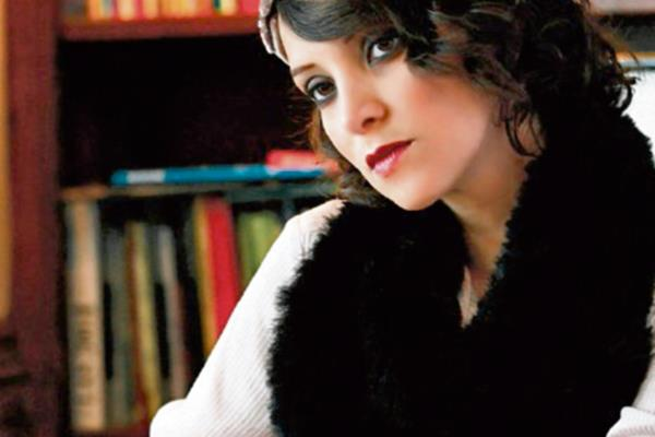 La intérprete cantará en el teatro Olympia, el 2 de abril.