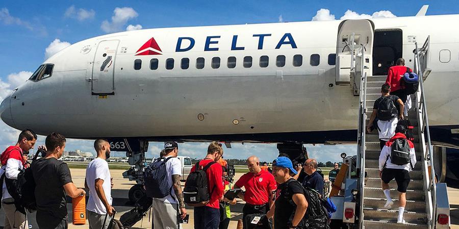 Los integrantes del plantel de Estados Unidos antes de viajar a Trinidad y Tobago. (Foto Prensa Libre: USSoccer)