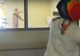 Darly Leviante González, de 10 años, baila al ritmo de Despacito. (Foto Prensa Libre:YouTube)