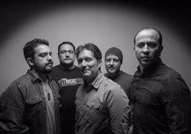 La banda guatemalteca Fábulas Áticas promociona el EP El arte de viajar en círculos. (Foto Prensa Libre: Mario Villanueva)