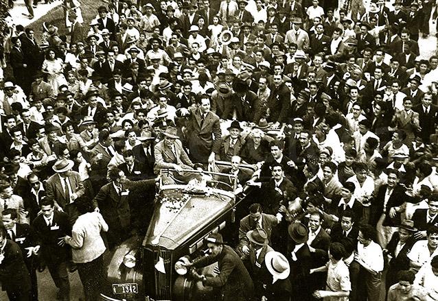 A su regreso de Argentina el 3 de septiembre de 1944 el Doctor Juan José Arévalo obtuvo un gran apoyo popular.  (Foto: Hemeroteca PL)