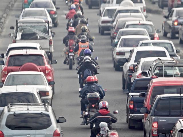 La SAT adjudicó un lote de 300 mil juegos de placas para motocicletas por Q10 millones.