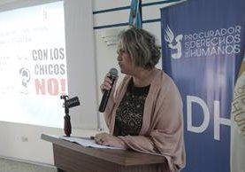 Sandra Gularte, presenta los detalles del informe sobre explotación sexual infantil. (Foto Prensa Libre: Érick Ávila)