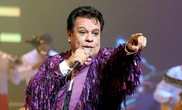 La canciones de Juan Gabriel también fueron parte de la vida de muchos guatemaltecos. (Foto Prensa Libre: EFE)