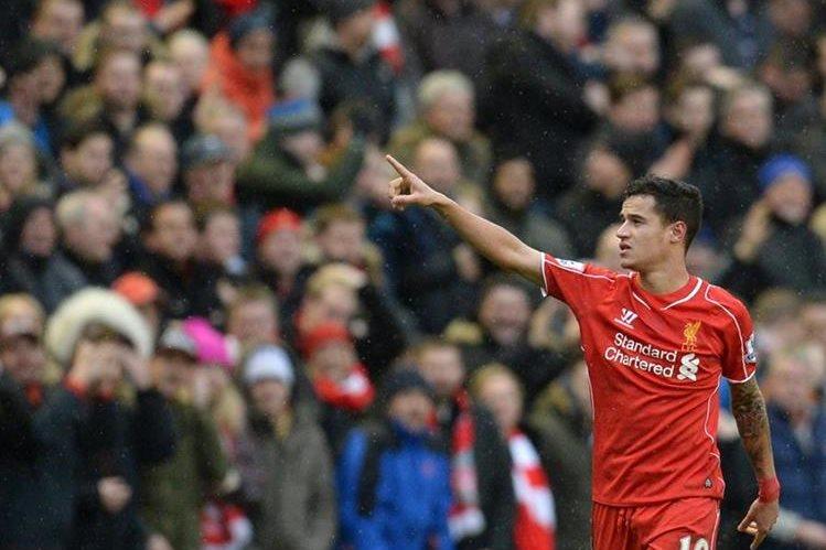 Coutinho seguirá, al menos por esta temporada, con el Liverpool. (Foto Prensa Libre: Hemeroteca)