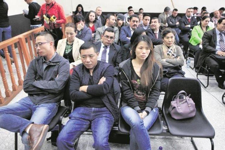 El juez Miguel Ángel Gálvez otorgó medidas sustitutivas de la prisión preventiva a los 36 procesados. (Foto Prensa Libre: Hemeroteca PL)