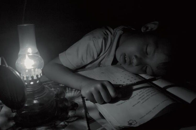 La baja en el petróleo permitió reducir el precio de la energía. (Foto Prensa Libre:action4energy.org)