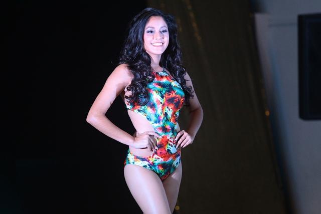 Kimberly Muralles, 16 años, representa a San José del Golfo. (Foto Prensa Libre: Álvaro Interiano)