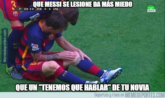 Para algunos internautas la lesión de Messi, es más importante que las relaciones con su pareja. (Foto Prensa Libre: Twitter)