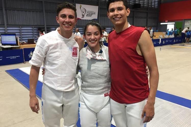 Luis López, Silvia Herrera y José López dieron su máximo esfuerzo hasta llegar a las finales en sus modalidades. (Foto Prensa Libre: Cortesía COG)