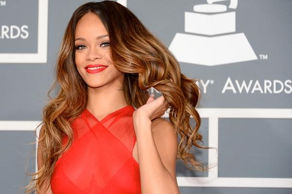 <p>La cantante Rihanna es popular en las redes sociales. (Foto Prensa Libre: AFP)<br></p>
