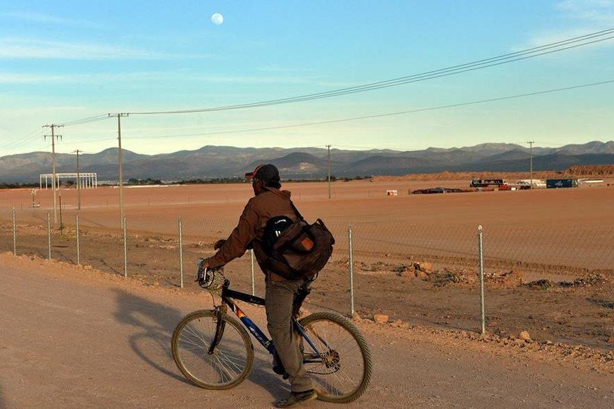 Habitantes de la región temen por su futuro y una crisis de desempleo. (Foto Prensa Libre: AFP).