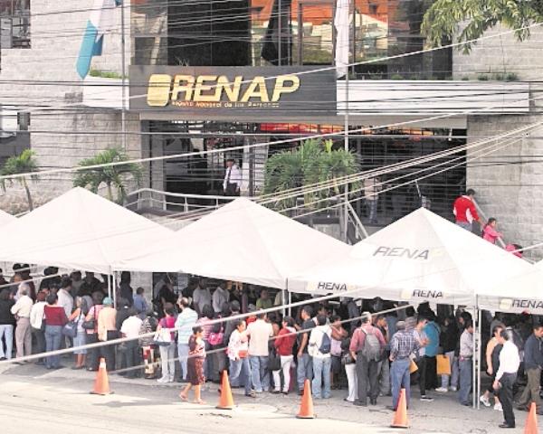 El Renap suscribió un nuevo contrato de arrendamiento del edificio donde se ubican sus oficinas centrales. (Foto Prensa Libre: Hemeroteca PL)