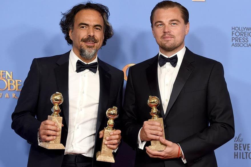 """Alejandro Gonzalez Inarritu ganó como mejor director y mejor película por su su drama """"The Revenant"""". Mientras que le protagonista de la historia, Leonardo DiCaprio, venció como mejor actor. (Foto Prensa Libre: AP)"""