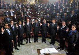 La Junta Directiva presidida por Óscar Chinchilla es investigada por el MP, pues se teme injerencia del Ejecutivo para decidir elección. (Foto Prensa Libre: Hemeroteca)