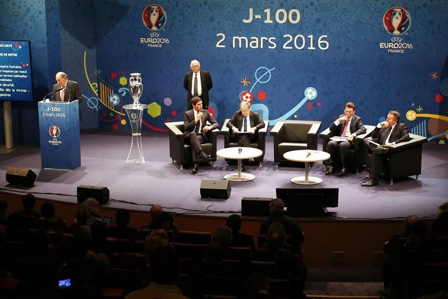 """El comité organizador de la Euro asegura que aunque la seguridad es su mayor preocupación, no es algo que """"les quite el sueño"""". (Foto Prensa Libre: AFP)"""