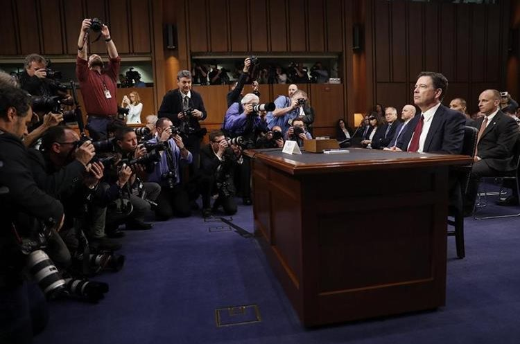 La audiencia de Comey era esperada en medio de tensión política. (Foto Prensa Libre: EFE)