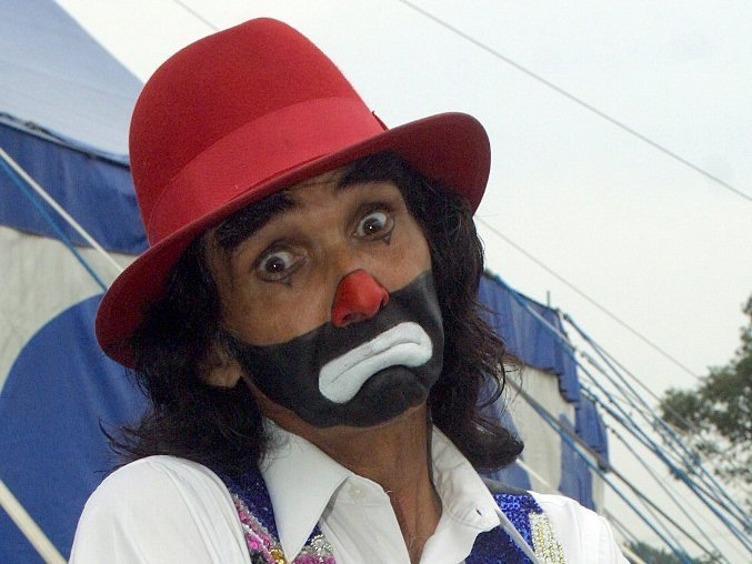 Ricardo González, Cepillín, fue hospitalizado por insuficiencia cardíaca.