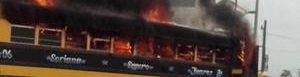 Bus incendiado en Reynosa.