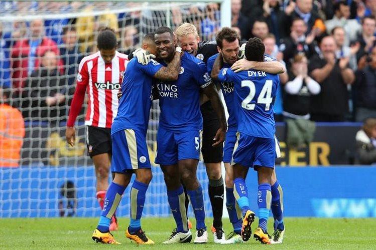 El Leicester se encamina a un título histórico. (Foto Prensa Libre: EFE)