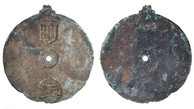 El astrolabio era utilizado por los marineros para medir la altitud del sol durante sus viajes. PHILIP KOCH