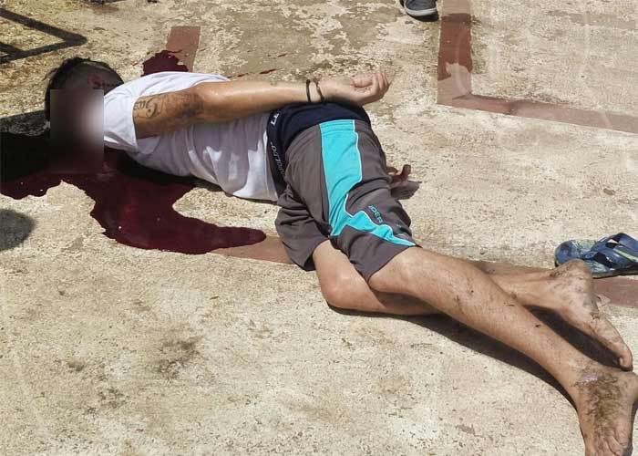 Noel Carranza presentaba golpes y fracturas en el cuerpo debido a la caída. (Foto Prensa Libre:TN8.TV)