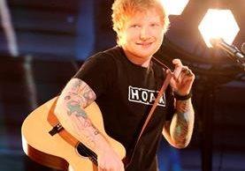 Ed Sheeran recién celebró sus 26 años y desveló su canción How would you feel. (Foto Prensa Libre: AP)