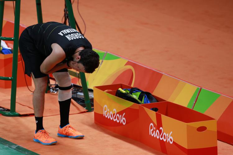 Kevin Cordón no participará en el segundo juego por lesión en la rodilla. (Foto Prensa Libre: COG)