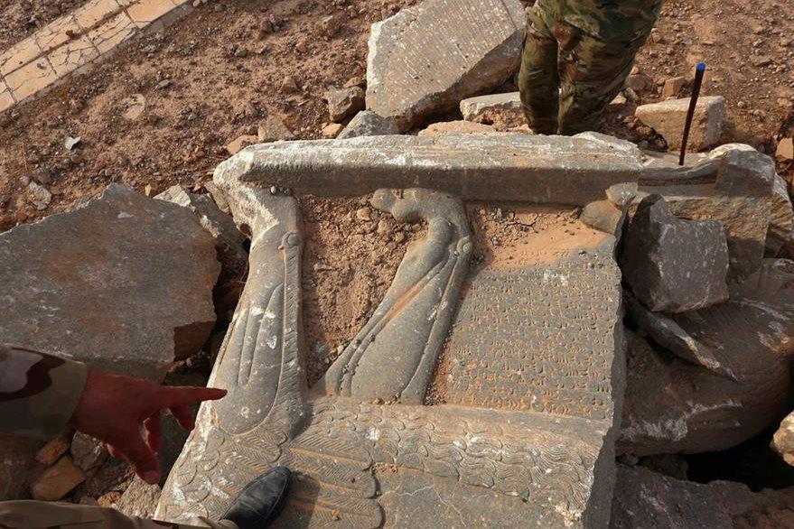 Detalles de los monumentos que fueron destruidos durante la ocupación de Isis. (Foto Prensa Libre: AFP)