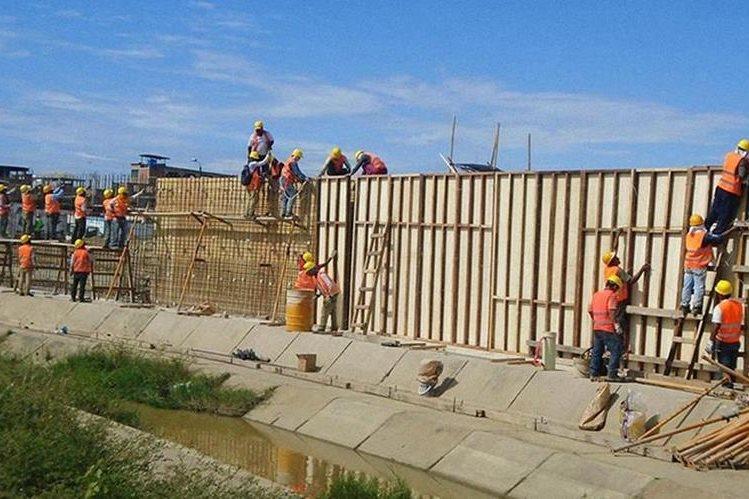 Perú protesta por construcción de muro en frontera con Ecuador. (Foto del sitio univision.com)