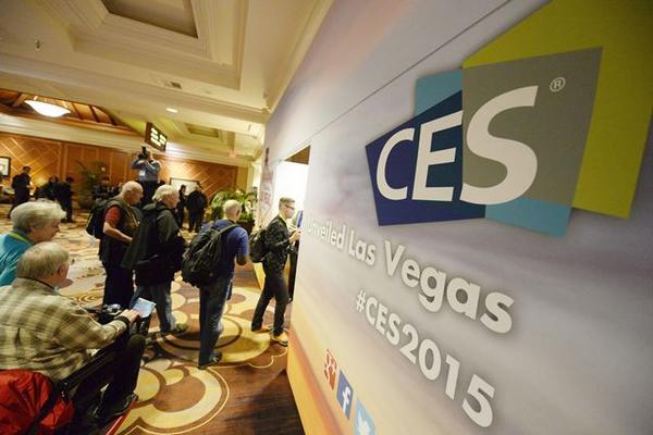 <p>Feria tecnológica de las Vegas acapara la atención de multitudes. (Foto Prensa Libre: EFE)<br></p>