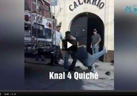 Los ayudantes protagonizaron una pelea frente a la mirada de transeúntes. (Foto: Knal 4)