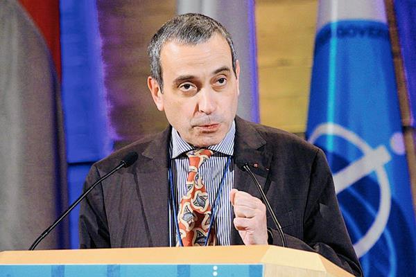 Laurent Stefanini, embajador de Francia ante el Vaticano. (Foto Prensa Libre: bilerico.com).