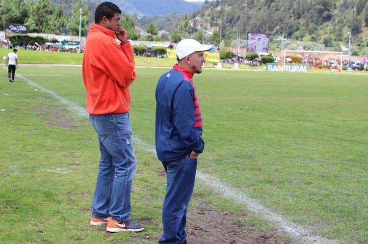 Julián Cano aportará sus conocimientos al club chivo. (Foto Prensa Libre: Raúl Juárez)