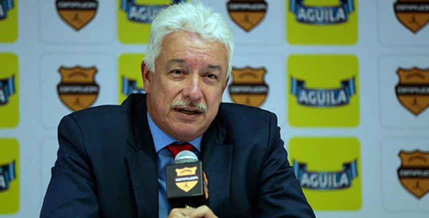 Jorge Perdomo dio a conocer la investigación de los supuestos arreglos en el futbol colombiano. (Foto Prensa Libre: El Heraldo)