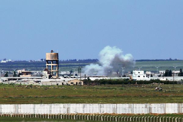 Cerca de 300 kurdos que se dirigían a la ciudad de Alepo, en el norte de Siria fueron secuestrados. (Foto Prensa Libre:AFP)