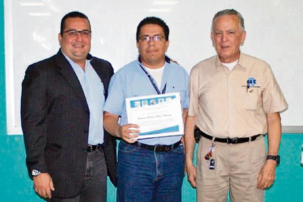 julio sandoval, subinterventor, German Ortiz, de Puerto Quetzal, y Juan F. Toruño, de BASC.