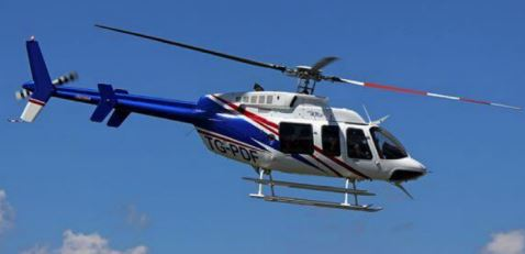 Este helicóptero se encuentra inmovilizado, bajo la sospecha de que Sinibaldi lo recibió como soborno para beneficiar a un grupo empresarial. (Foto Prensa Libre: MP/Cicig)