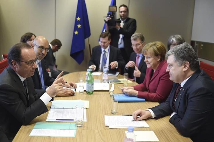 Líderes europeos reunidos en el marco de la Cumbre de líderes de la Unión Europea en Bélgica. (Foto Prensa Libre: EFE).