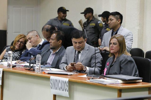 Carlos Rodas, Santos Torres y Anahy Keller, acusados en el caso Hogar Seguro. (Foto Prensa Libre: Paulo Raquec)