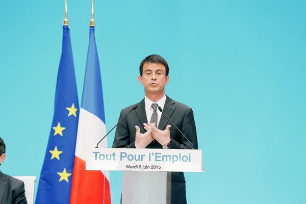 Manuel Valls, da una conferencia de prensa en el Palacio del Elíseo en París, Francia.(Foto Prensa Libre:EFE).
