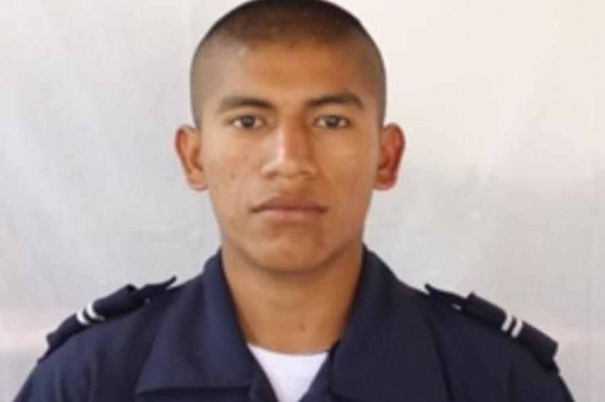 Agente que fue hallado sin vida en San Andrés Villa Seca, Retalhuleu. (Foto Prensa Libre: PNC).