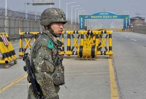 A Corea del Sur continúa con su entrenamiento militar. (Foto Prensa LibRe: AFP)