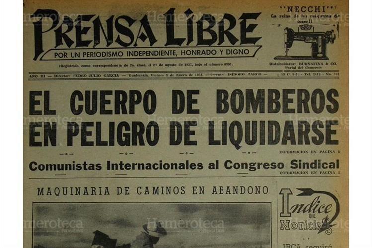 Portada de Prensa Libre del 8/1/1954 informa sobre posible cierre de los Bomberos Voluntarios. (Foto: Hemeroteca PL)