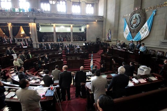 El próximo martes se continuará con la agenda de la sesión permanente. (Foto Prensa Libre: Erick Ávila)